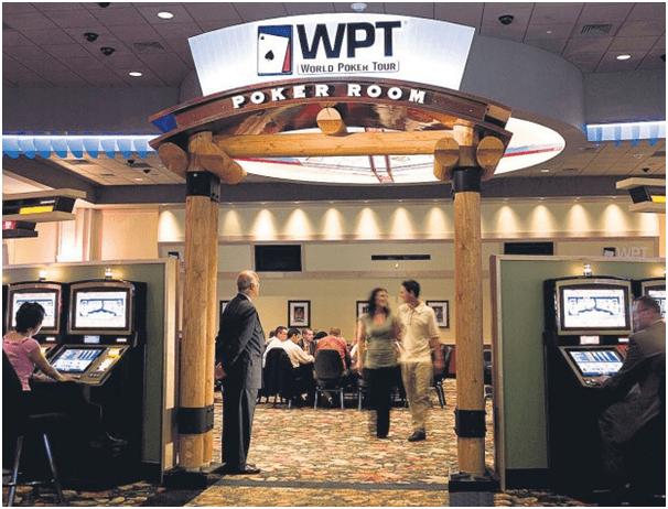 Pai Gow Poker with a twist